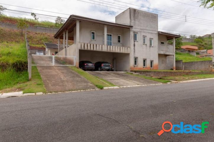 Jacareí-SP - Casa c/ 03 Dormitórios