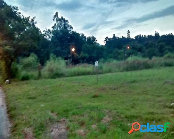 Terreno comercial em Alphaville a venda com 756 m²