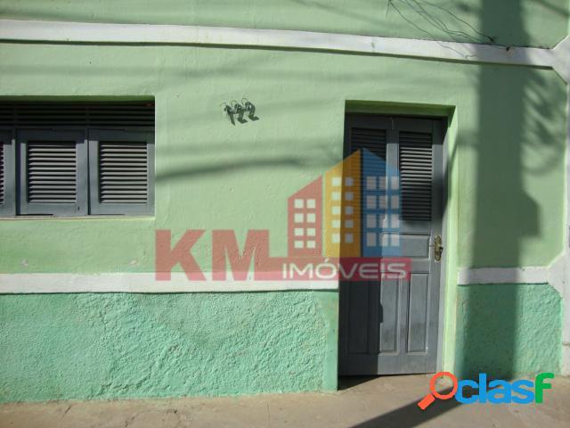 Vende-se casa com excelente terreno no Boa Vista