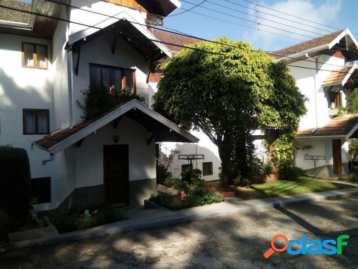 Vila Floresta - Apto. c/ 03 Dormitórios (Sendo 01 suíte)
