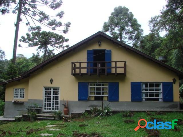 Vila Natal - Casa com 04 Dormitórios (Sendo 02 Suítes)