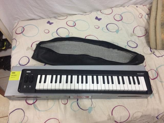 Controlador MIDI - korg microkey 2 49 teclas - teclado