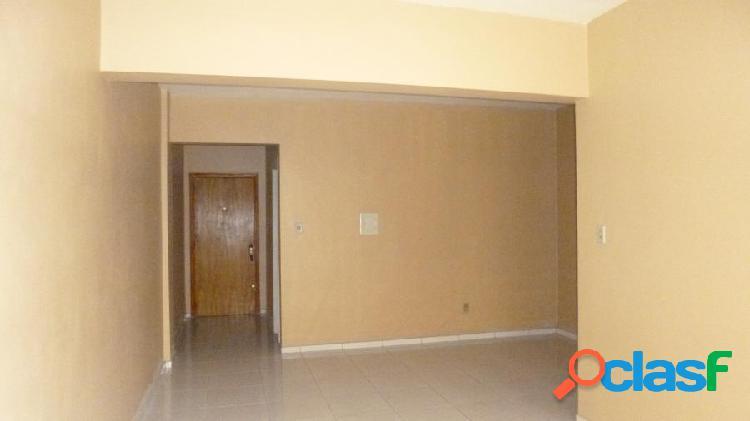 Apartamento 02 Dormitório c/Garagem - Apartamento a Venda