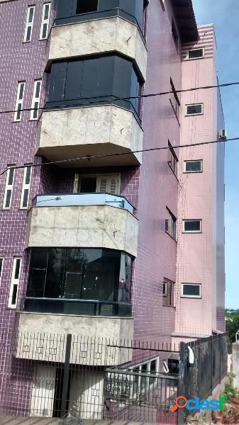 Apartamento 03 Dormitórios c/ suíte e closet - Apartamento