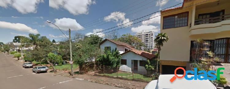 Casa 04 Dormitórios - Casa a Venda no bairro Moinhos -