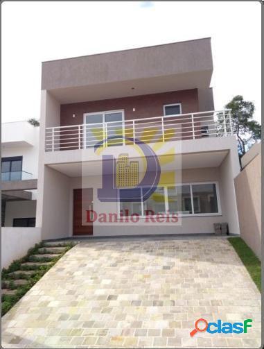 Casa 2 pisos 03 Dormitórios c/ suíte - Casa a Venda no