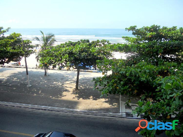 Apartamento para Aluguel no bairro Pitangueiras - Guaruja,