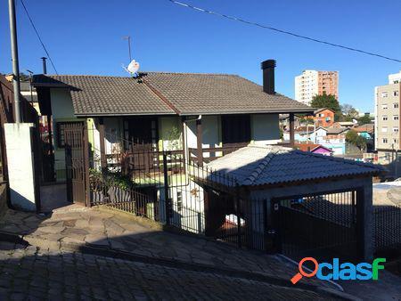 Casa Bairro Rio Branco - Casa Duplex a Venda no bairro Rio
