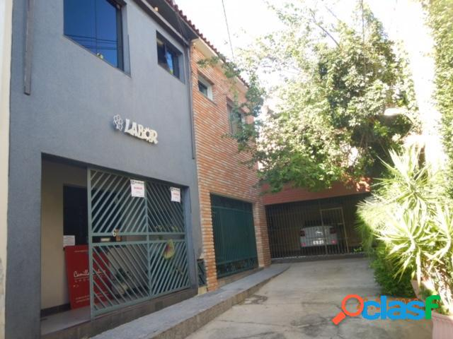 Casa - Ponto Comercial a Venda no bairro Vila Jardini -