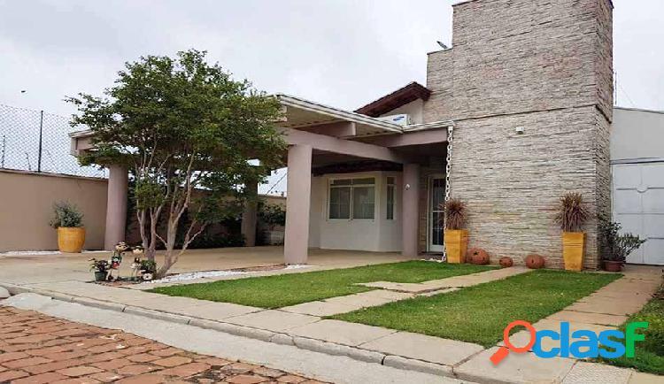 Casa a venda Condomínio fechado- Franca-sp - Casa em