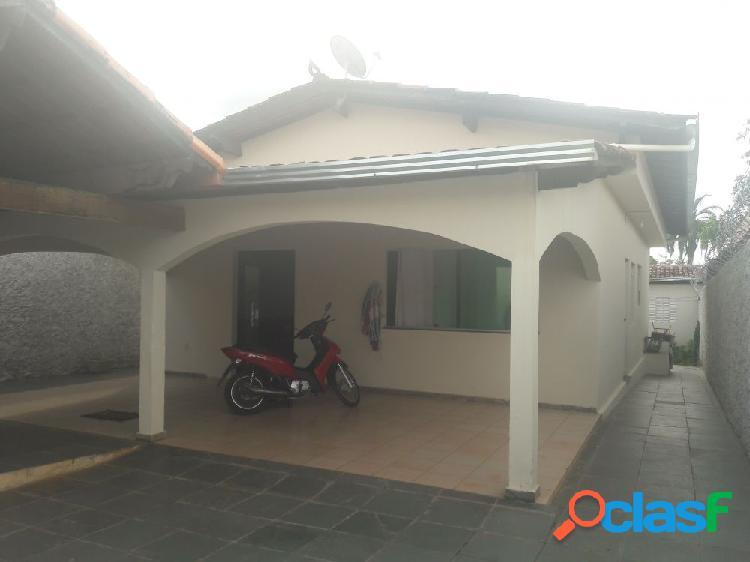 Casa bairro Sumaré - Casa a Venda no bairro Vila Sumaré -
