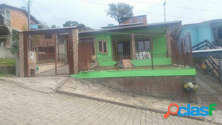 Casa com pátio - Casa a Venda no bairro Jardim Iracema -