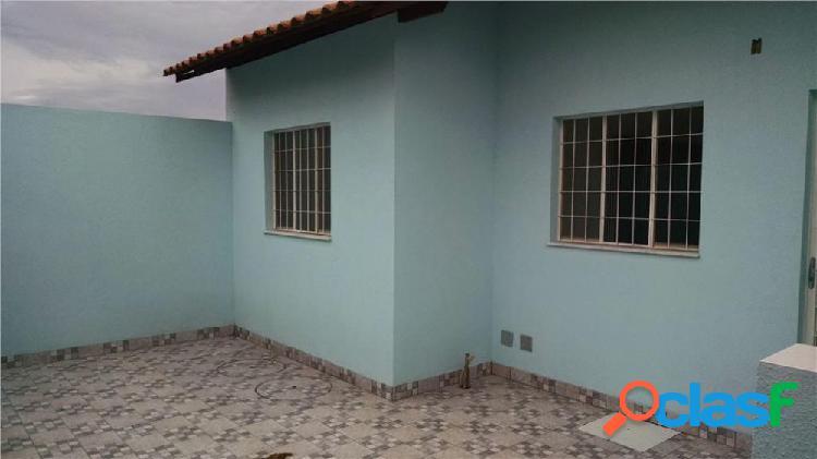 Casa de 1°Localização Almerinda - Casa a Venda no bairro