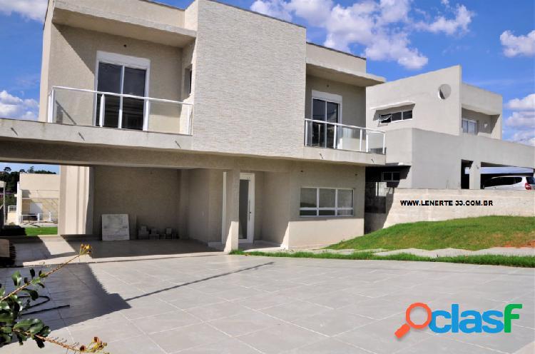 Casa em Condomínio a Venda no bairro Jardim do Golf I -