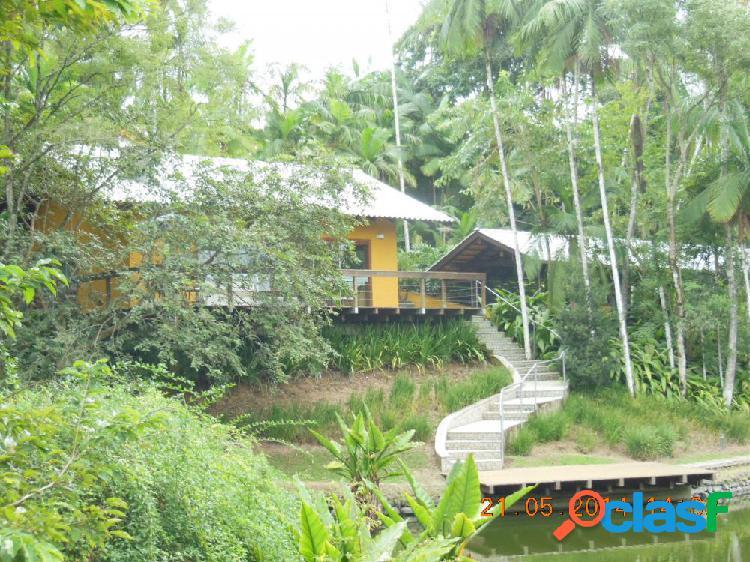 Casa estilo chácara - Casa a Venda no bairro Passo Manso -