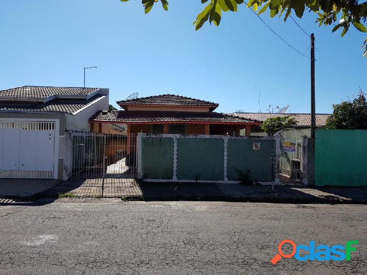 Casa no Rosamélia - Casa a Venda no bairro Rosamelia -