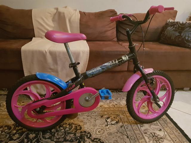 Bicicleta infantil monster high aro 16 ótimo estado de