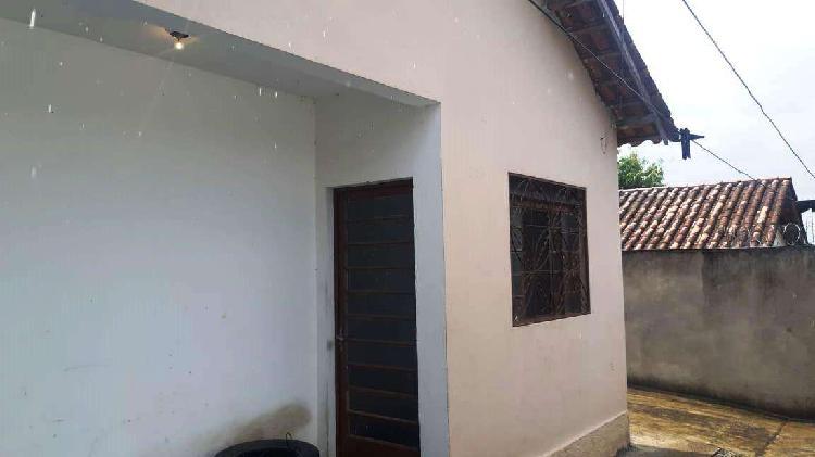 Casa, Pedra Azul, 2 Quartos, 10 Vagas