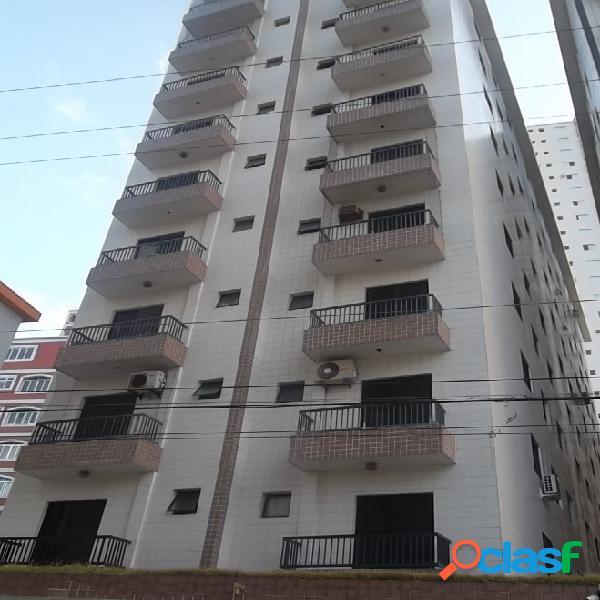 Apartamento 2 dormitórios, totalmente reformado com vista