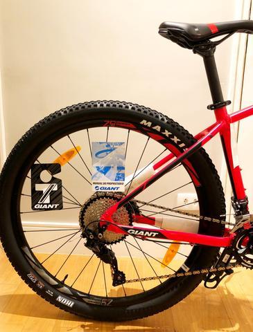 Bicicleta Montain Bike Giant Aro 29