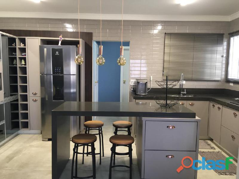 Excelente Apartamento 3 Dormitórios 136 m² no Bairro Santa