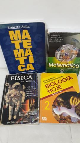 Livros didáticos do ensino médio ideal para concursos.