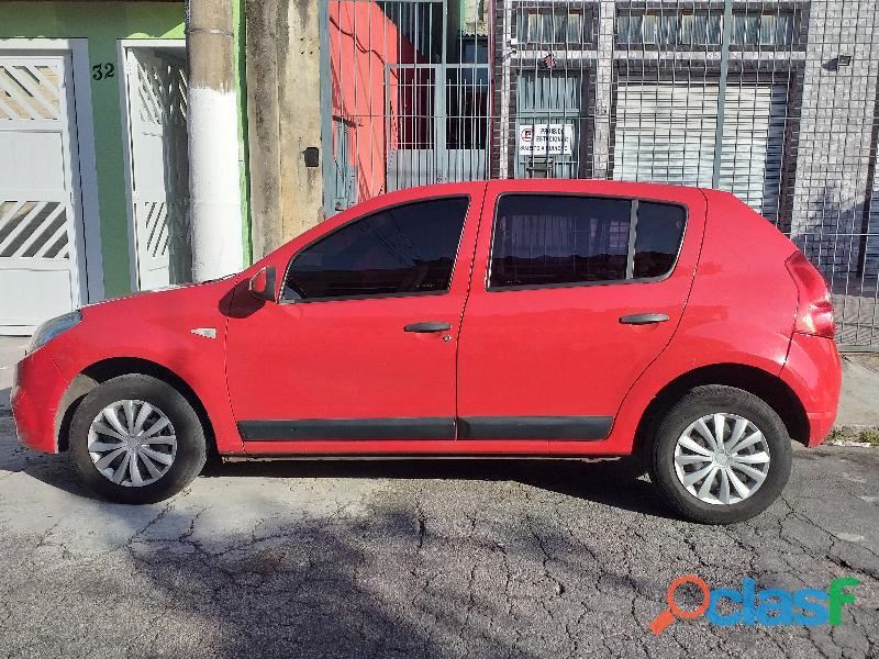 Renault Sandero Expression 1.0 16V (flex) 2013