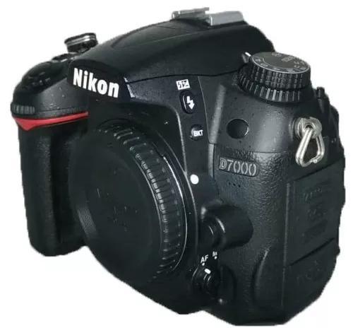 Câmera Nikon D7000 Corpo Carregador Bateria Usada Perfeita