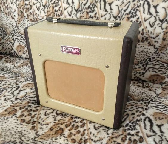Amplificador Fender Valvulado
