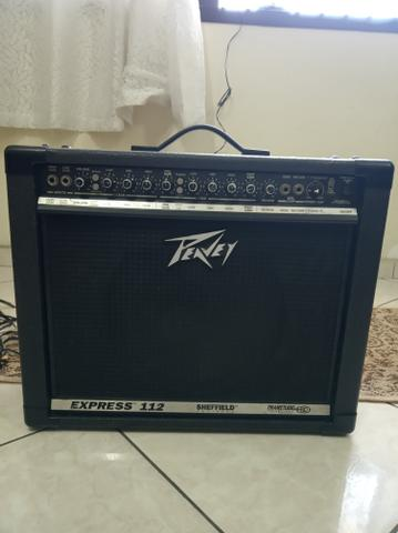 Amplificador de guitarra Peavey Express 112