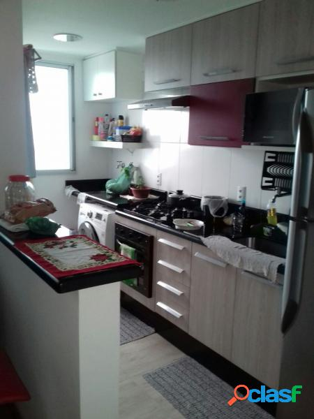 Apartamento com 2 dorms em Mauá - Parque São Vicente por