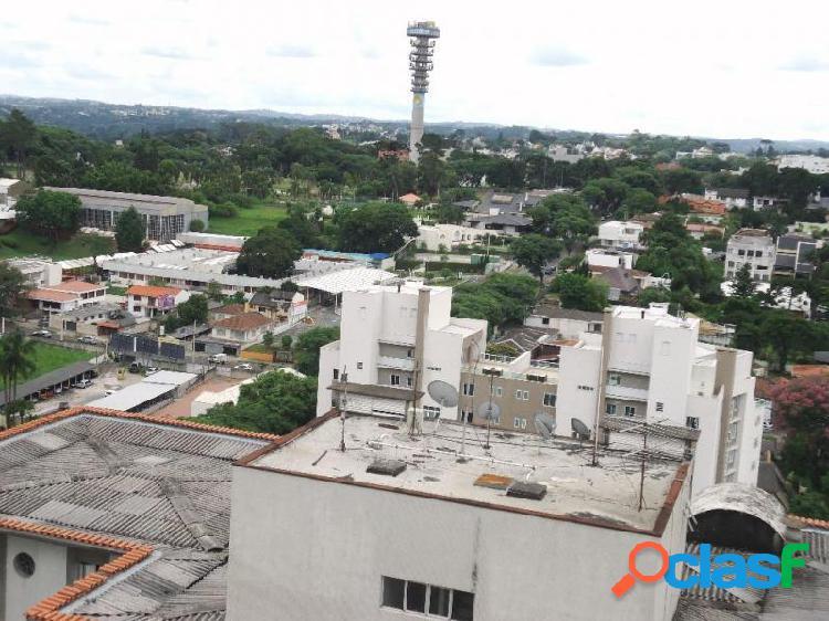Apartamento com 3 dorms em Curitiba - Mercês por 320 mil