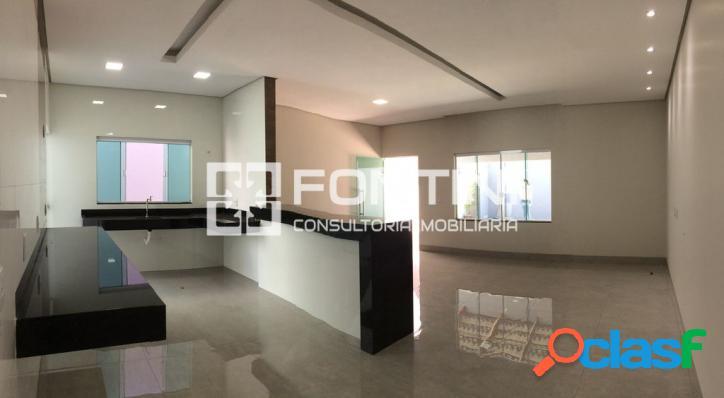 Casa a venda em Palmas, 3/4 com suíte, 145m², R$ 340 mil
