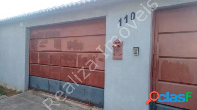 Casa com 2 dorms em Poços de Caldas - Dom Bosco por 300 mil