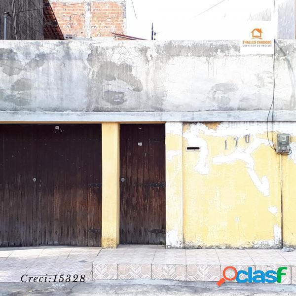 Casa com 3 dorms em Fortaleza - Quintino Cunha por 360 mil