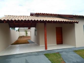 Casa no bairro Monte Castelo está ao lado da Avenida