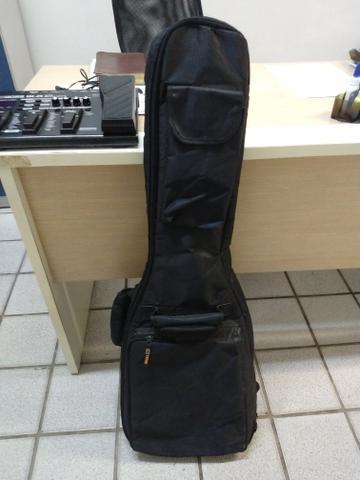 Guitarra + Pedaleira Boss Me 25