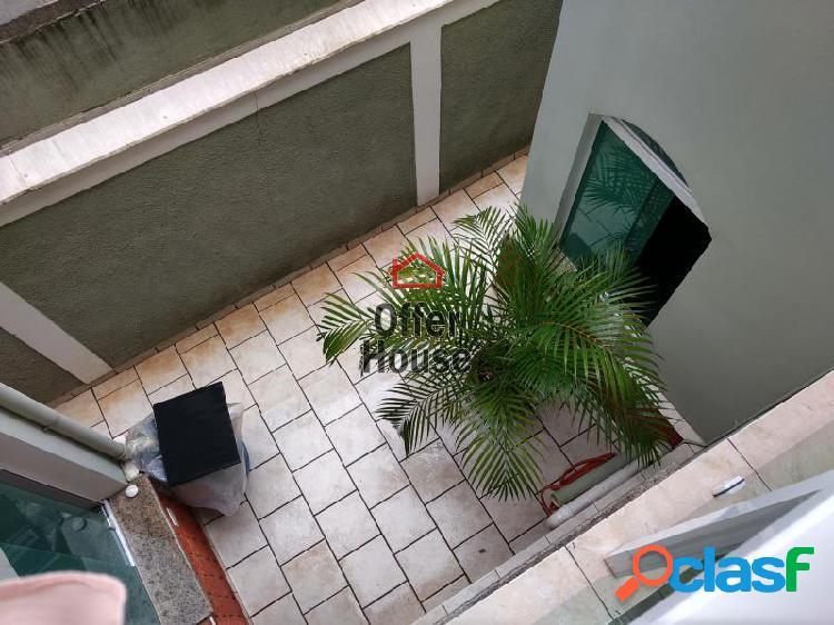 Sobrado com 3 dorms em Santo André - Jardim Alzira Franco