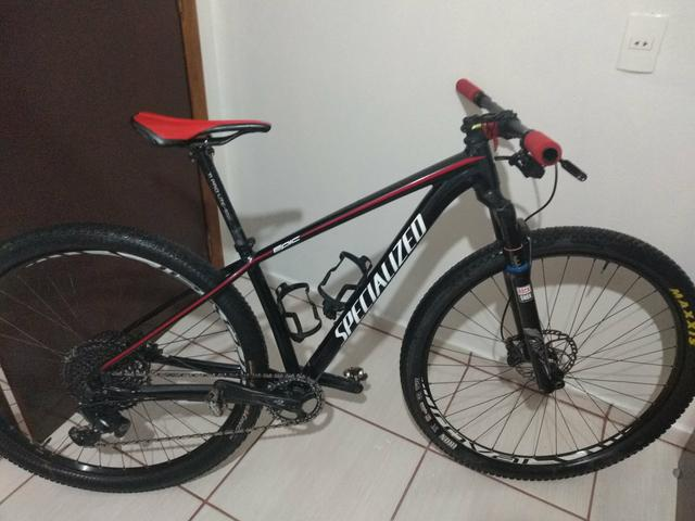 Bike Specialized pra vender  peso 10,6 top