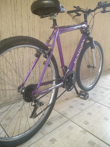 Vendo Bicicleta 18 marchas aro 26 em perfeito estado