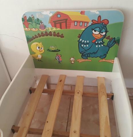 Cama infantil (Usada)