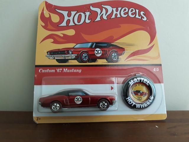 Miniatura Hot Wheels 50 anos, Mustang 67