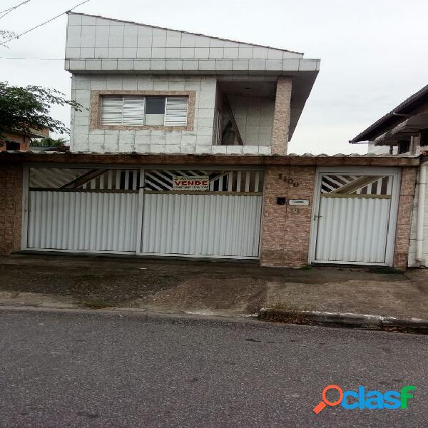 Sobrado 02 dormitórios sendo 01 suíte - Vila Tupi -