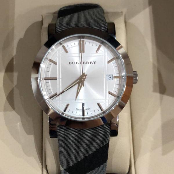 relógio burberry original nunca usado bu1378