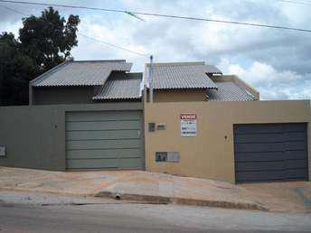 Casa com 3 quartos à venda no bairro Vila Maria, 99m²