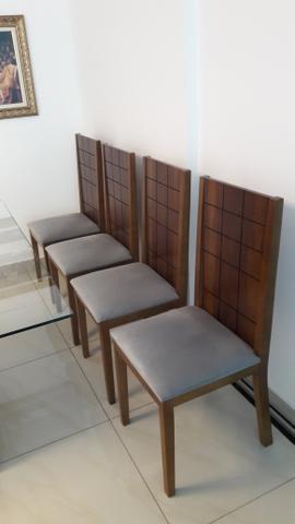 4 cadeiras em madeira imbuia mel