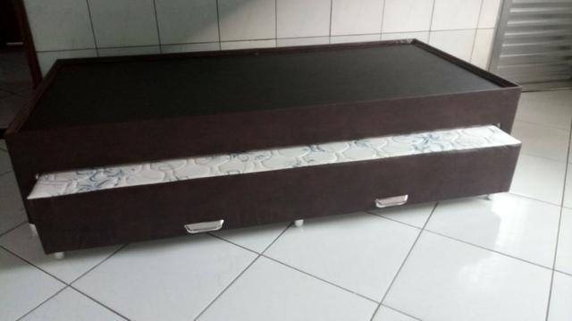 Cama box com auxiliar, estrutura em madeira maciça