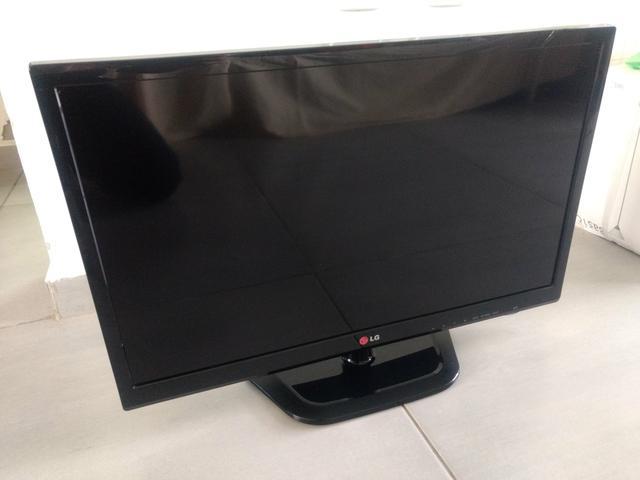 TV Monitor LG, Led, 24 Polegadas, HDMI e USB, com controle e