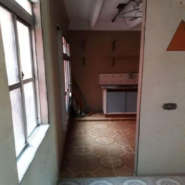 Apartamento com 2 Quartos à Venda, 38 m² por R$ 135.000