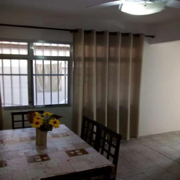 Apartamento com 2 Quartos à Venda, 80 m² por R$ 240.000